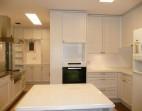 収納スペースが豊富なキッチン